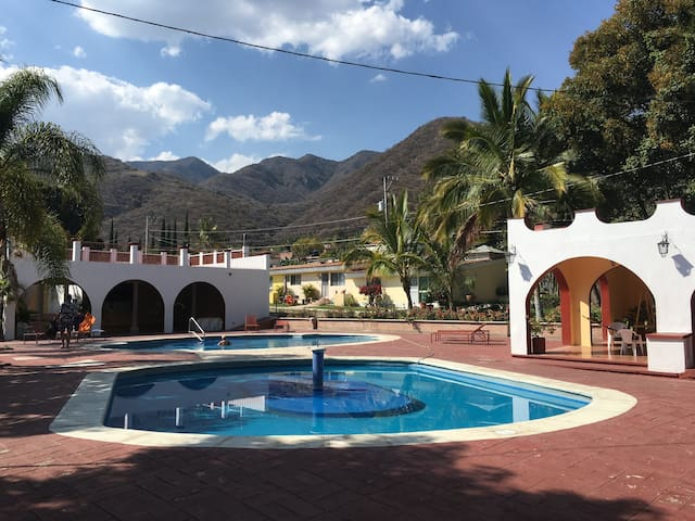 Beautiful and Cozy House in Ajijic, La Floresta