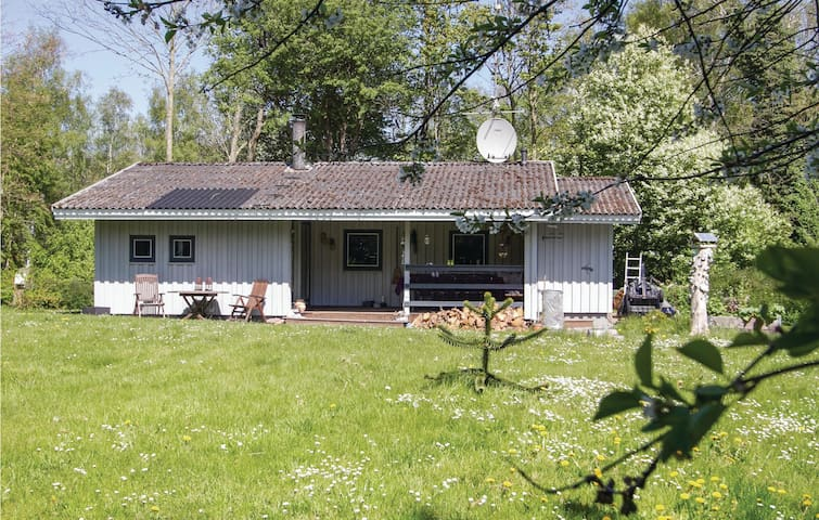 Holiday cottage with 3 bedrooms on 72 m² in Stege