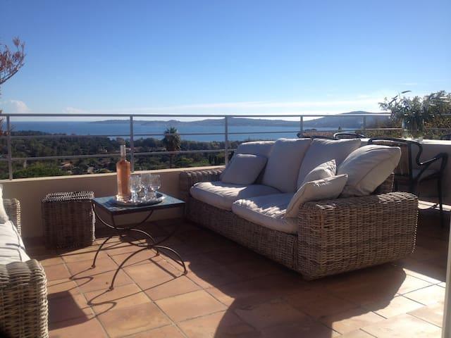 Appartement Vue imprenable Golf de St Tropez