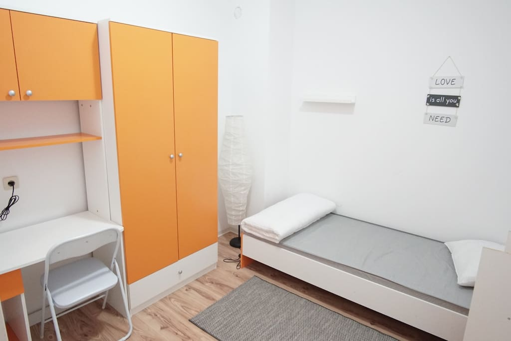 Bedroom for 1