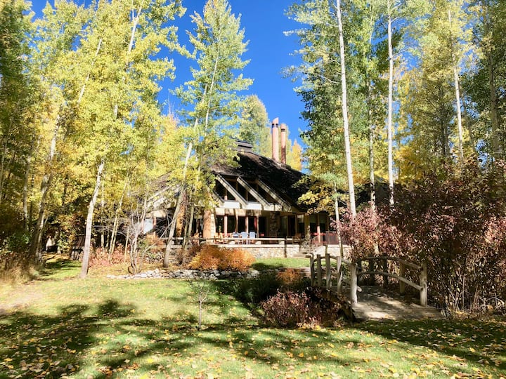 Ketchum Mid-Valley home on the Big Wood River