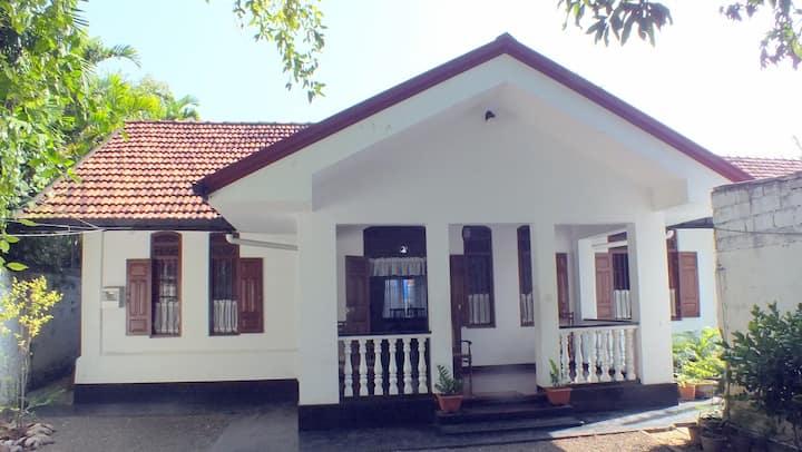 Hikkaduwa Dham house
