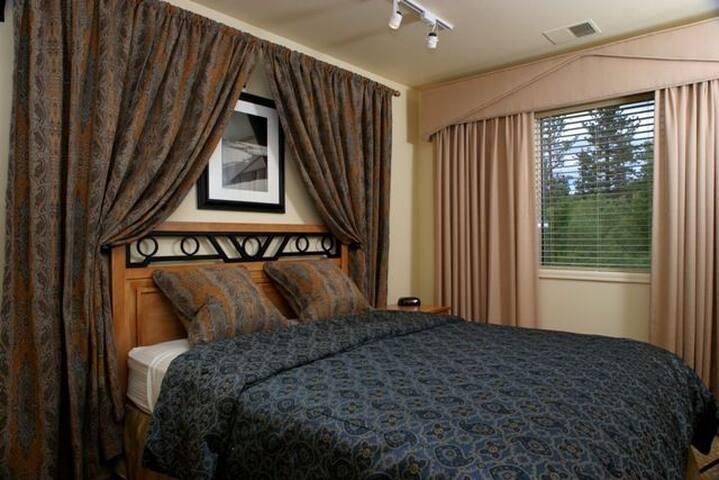 Lodge at Kingsbury Crossing Lake Tahoe