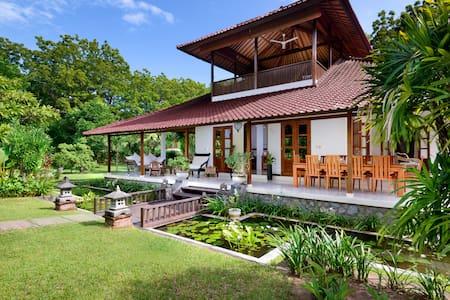 Luxury private villa with pool,Bali