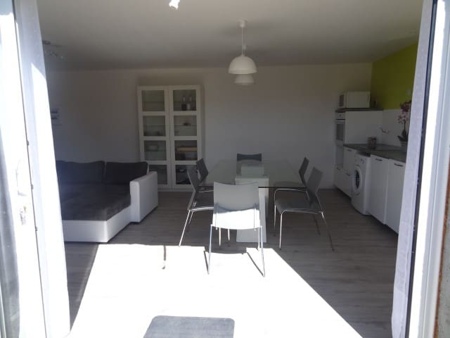 Appartement T2, 50m2,bas de villa - Saint-Maximin-la-Sainte-Baume - Appartement