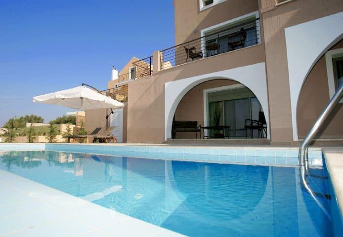 Elegant Villa with private pool and Sea views