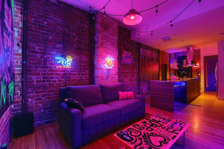 Loft in Queen West (Party & Event space)