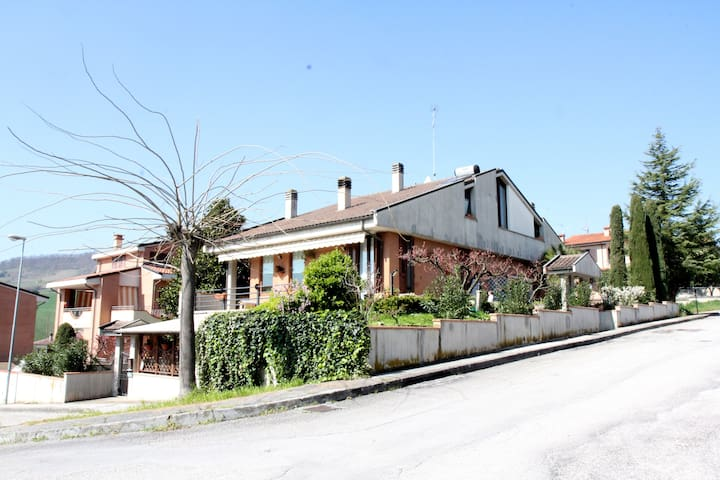 Annarita B&B - Castelplanio - Bed & Breakfast