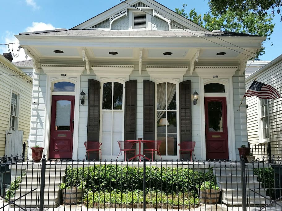 """Lucky you! You and your group will be steeped in NOLA history while staying in the right side of this 3 BR/2 BA """"Camelback Shotgun Double""""."""