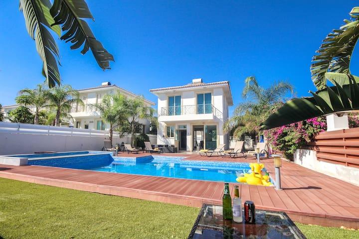 Central Protaras- Big Pool / Garden - Protaras - Casa