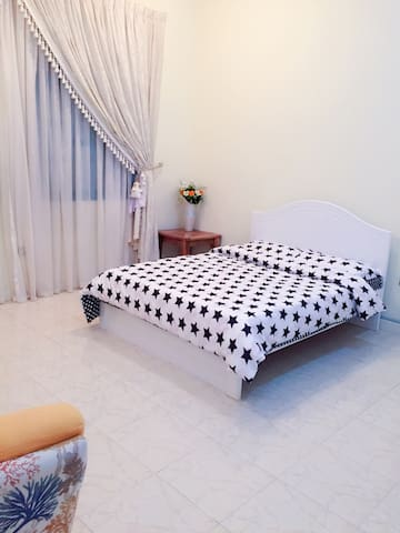 Lovely room in the villa - Doha