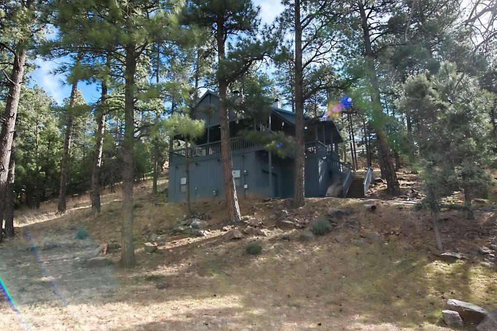 Gilley`s Cabin - Cozy Cabins Real Estate, LLC