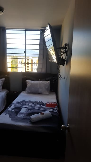 Two single bed / Dos camas sencillas
