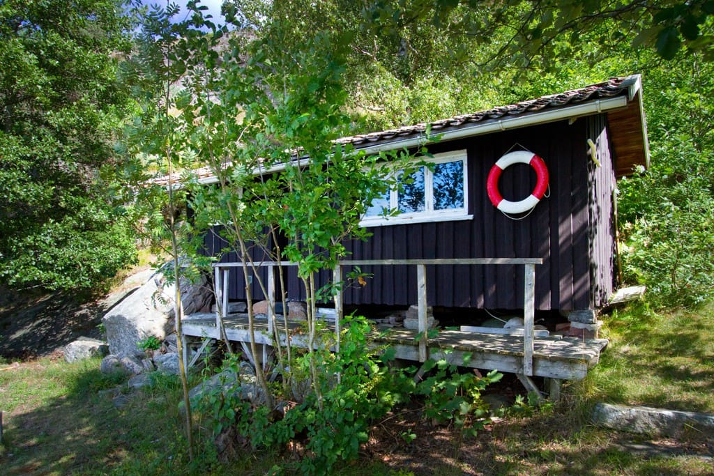 ljungskile singles 4 person holiday home in ljungskile  there are two bedrooms with two single beds in each the bathroom features a wc, a washbasin, and a shower.