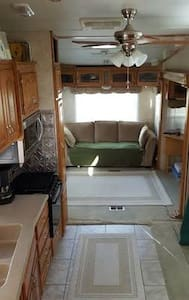Wine Country RV Resort with golf!! - Aguanga - Camper/RV
