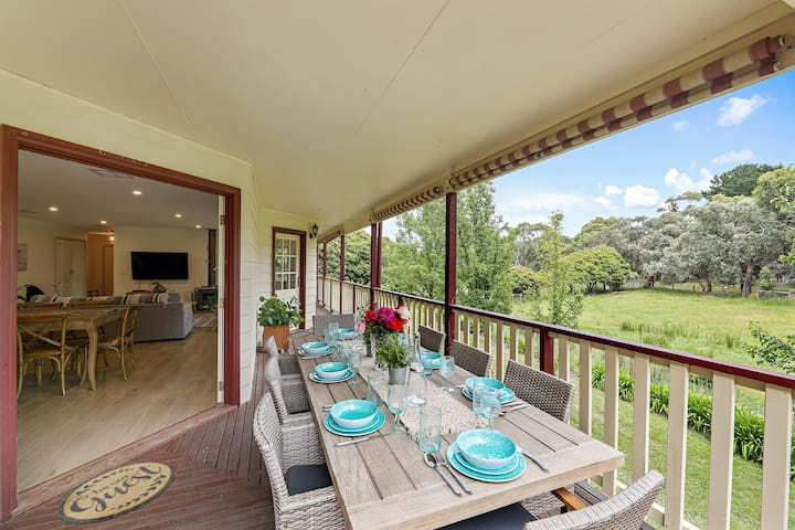 Tynong North, Getaway for Couples/Families.