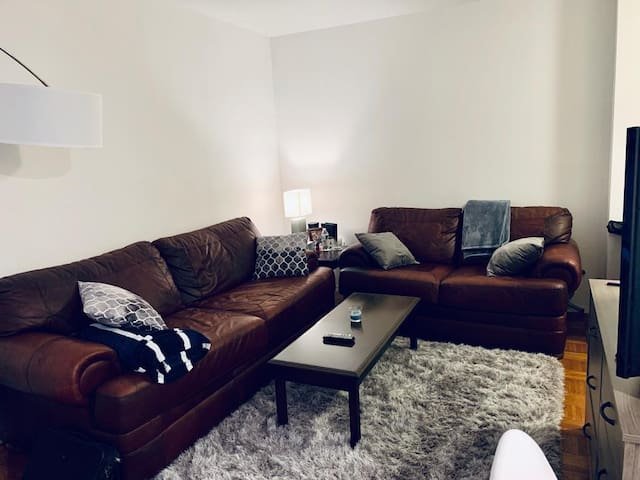 Clean and Perfectly Located 1 Bedroom Apartment