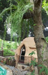 Kapusod Earth Dome. An experience - Mataasnakahoy