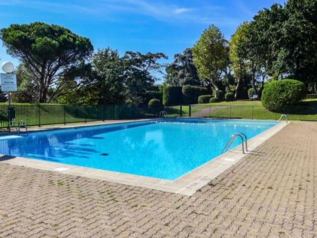 Coquet studio - Piscine, parking et cave - 2 couchages - BIARRITZ (64)