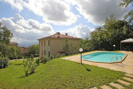 Villa with Pool inside typical Tuscan Town in Garfagnana