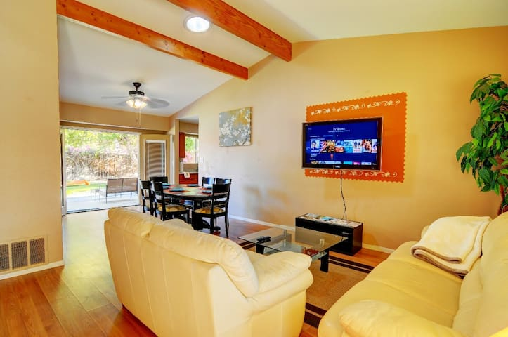 Central located Desert retreat home!!