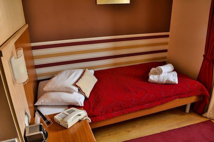 Single room city view - Senj - Bed & Breakfast
