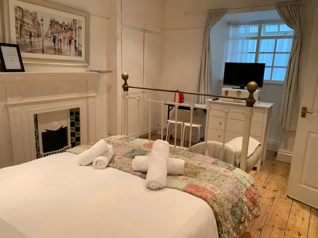 Granby place- The Georgian room En Suite