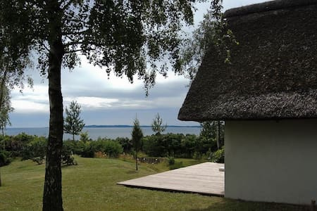 Charming cottage with seaview - Ebeltoft - Stuga