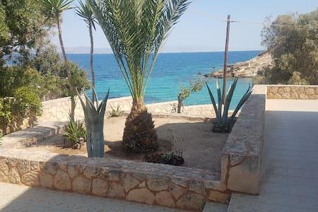 SEA VIEW SOUVALA