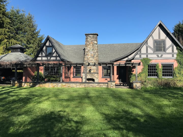Farm House Retreat