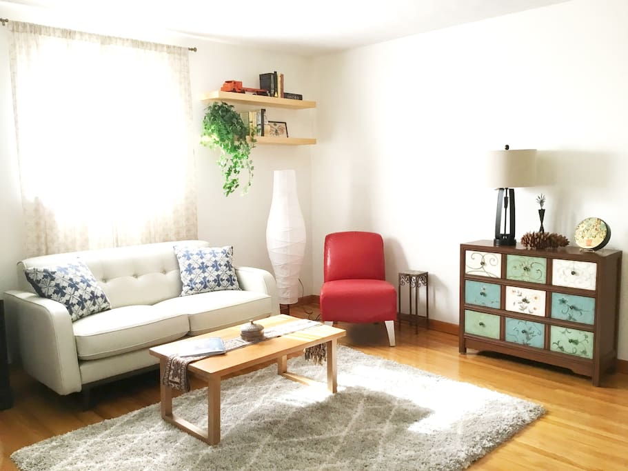 Living room- Get cozy as you plan your Louisville adventure