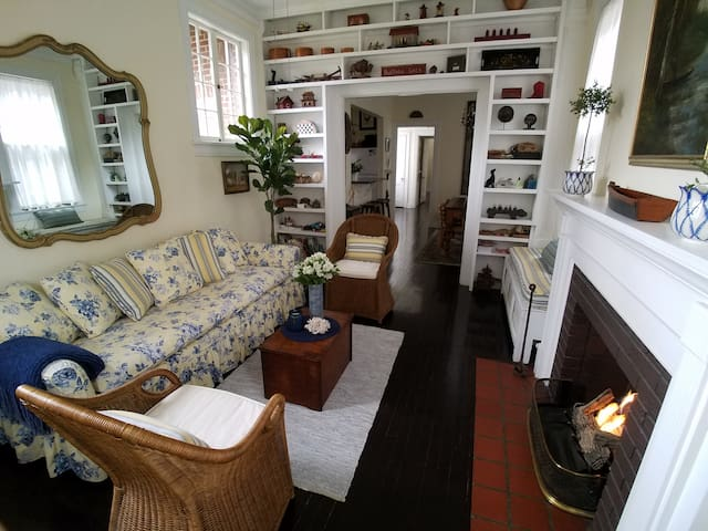 Cozy Highlands Hideaway Close to Everything! - Louisville - Apartament