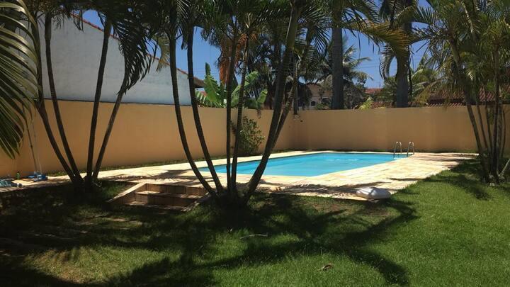 Casa Caraguatatuba com piscina, 100m da praia