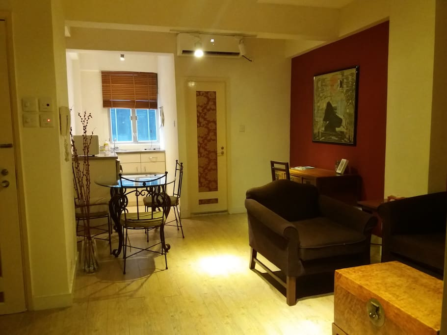 1 Soho Cozy 2 Bedrooms Apartment Serviced Apartments For Rent In Hong Kong Island New