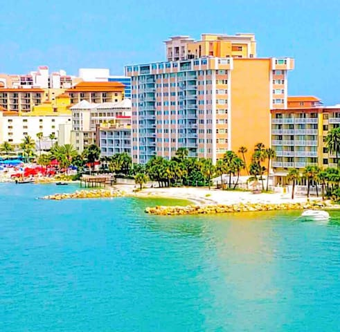 2 Bedroom Beachfront Condo on Clearwater Beach