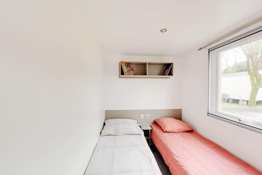 2ème chambre avec 2 lits séparés