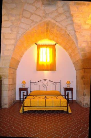 Masseria Montanari Camera Matrimoniale Artemisia
