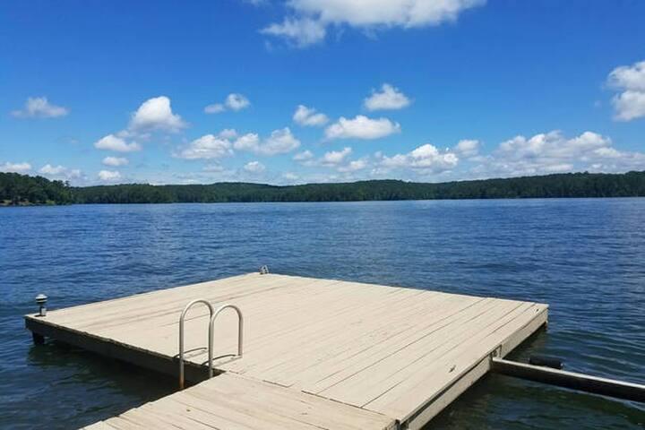 Private Lakefront Oconee Getaway