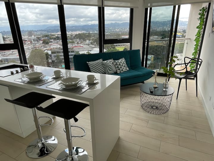 Modern Brand New Apartment, with Amazing Views