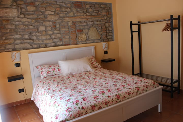 Vacanze a Montabone L. n.00507200001