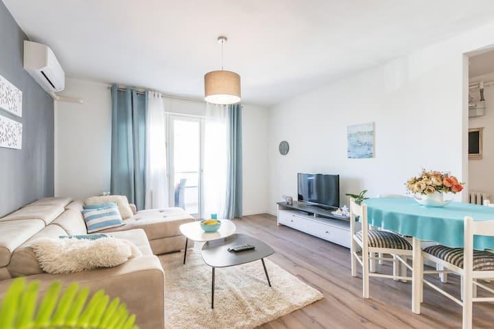 Nala - beautifull sea view apartment