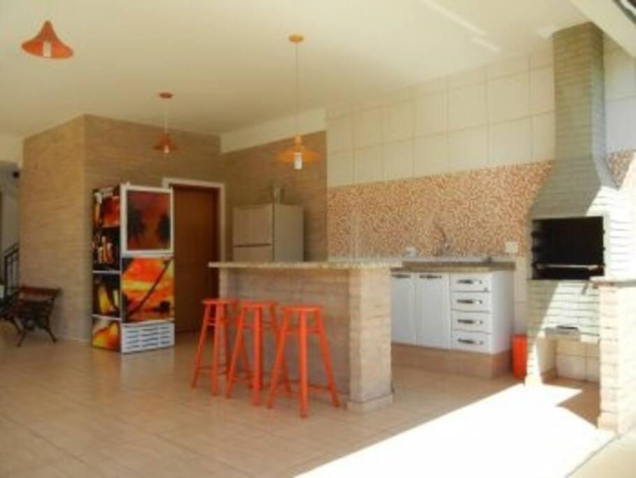 Cozinha e churrasqueira