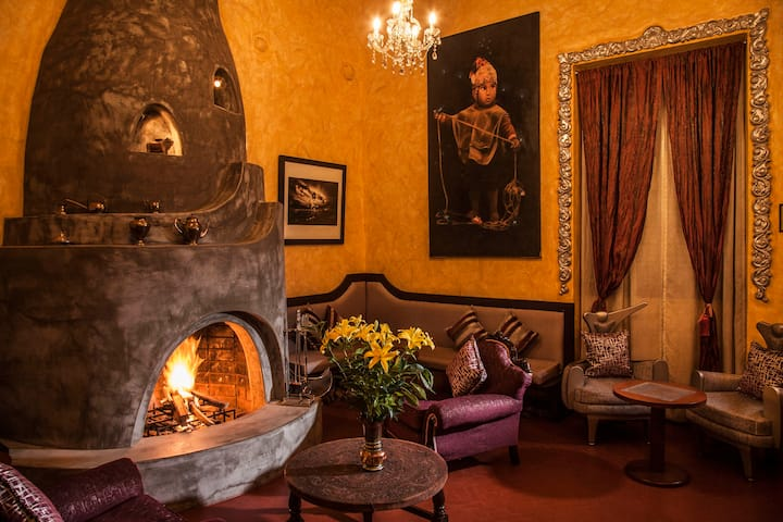 HISTORIC & TRADITIONAL HOTEL IN THE HEART OF CUSCO