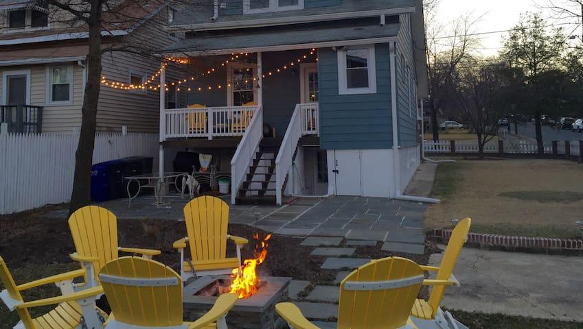Modern Pet-Friendly 1 bdr Apt + Outdoor Space - Washington