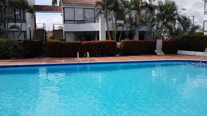 Hacienda la Estancia - Melgar - Rumah
