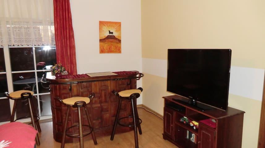 Gästezimmer mit Terrasse und Garten - Trebbin - Huis