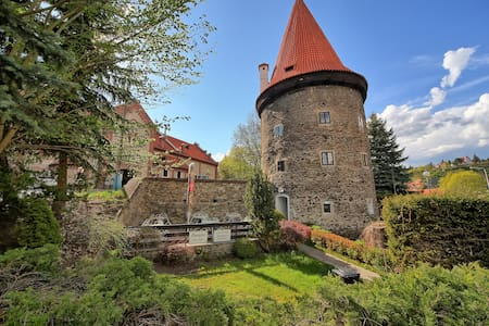 Double room in Guard Tower built 1505 in centre - 捷克克魯姆洛夫(Český Krumlov)