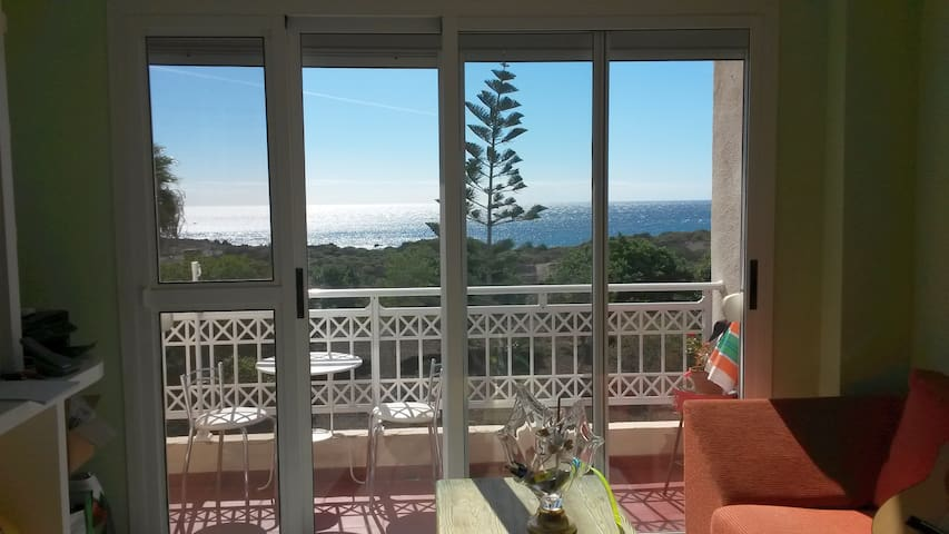Only 200 meters to the Sandy Beach - with WiFi (1) - Arona - Apartment
