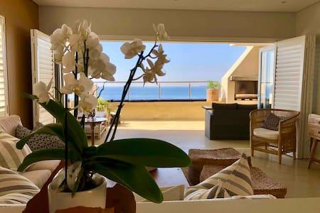 Stylish modern apartment on the beach