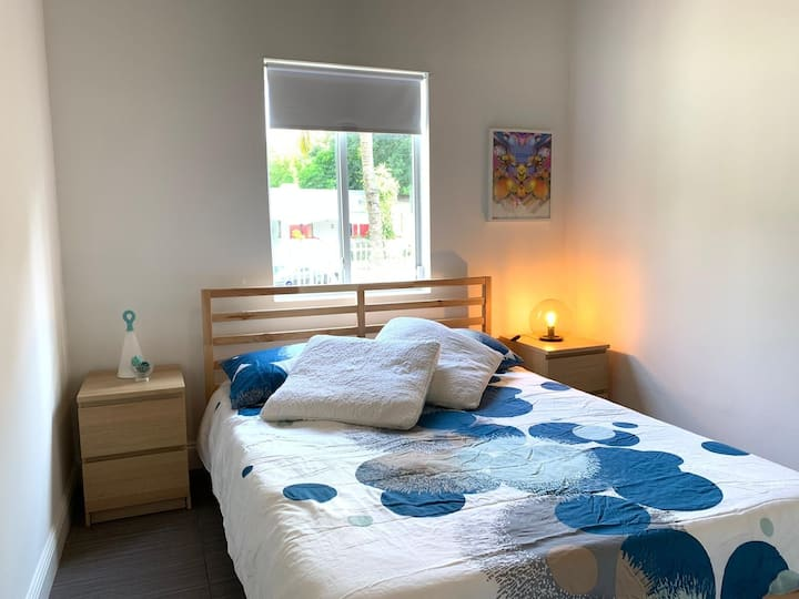 Cozy Room $45 by Wynwood 12 mnts  from MIA Airport